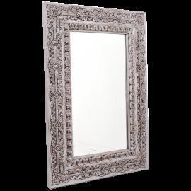 Zrcadlo s vyřezávaným rámem
