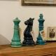Šachové figurky v interieru